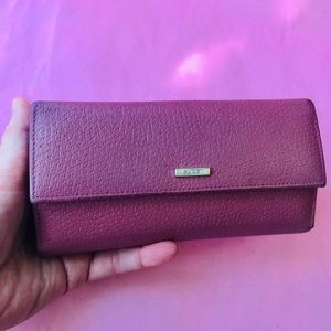 Vintage dusty pink Gucci leather large wallet
